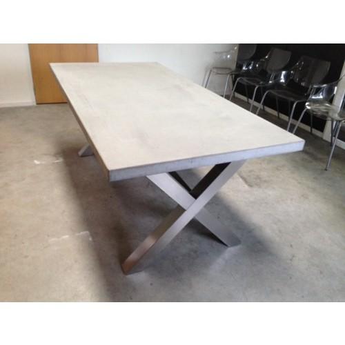 beton tafel kruisframe