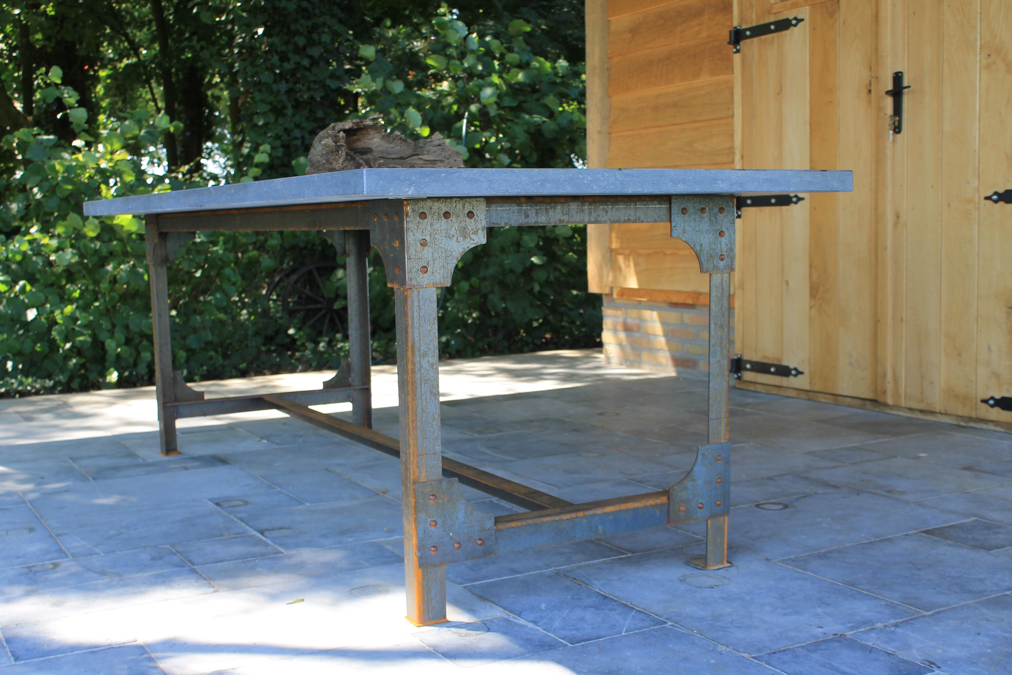 Overzicht natuursteen tafels ardworks for Tafels overzicht